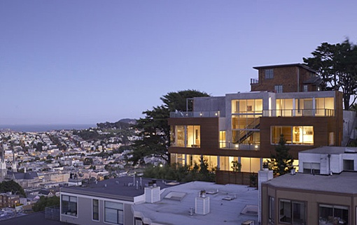 The 'T House' (Image Source: Ogrydziak/Prillinger Architects)