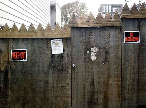 1338 Filbert: Fence