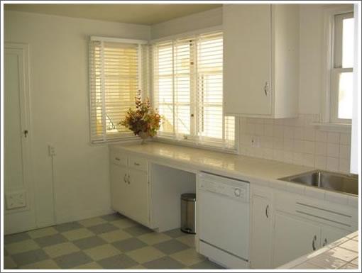52-54 Iris: The Original Kitchen