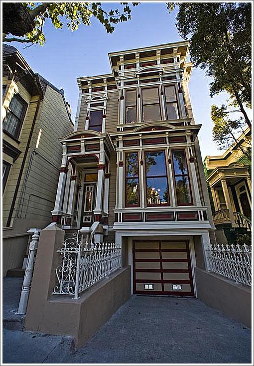 2011 Golden Gate Avenue