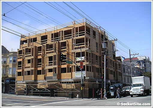 700 Valencia: Topped Off And Filling Out