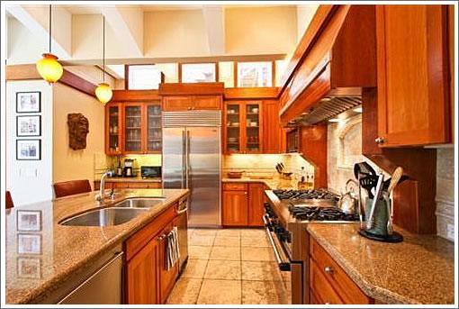 819 Haight Street: Kitchen