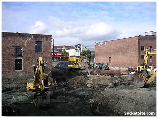 2255 Third Street Excavation (www.SocketSite.com)