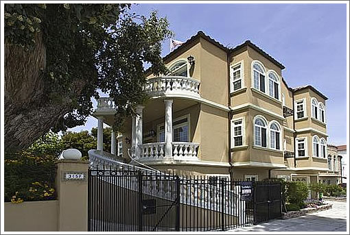 A Hollywood Ending (And Not) For 3157 Baker Street