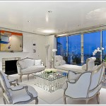 An Ethereal Orlando Diaz-Azcuy Designed $3.2M One Bedroom