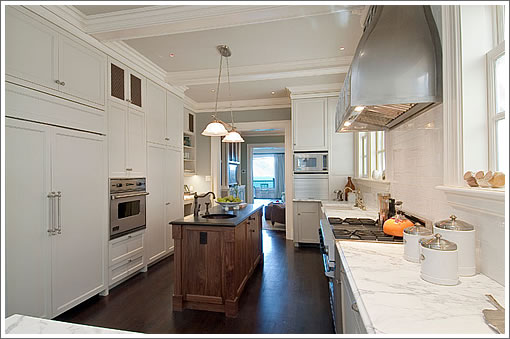130 Sea Cliff Avenue Kitchen