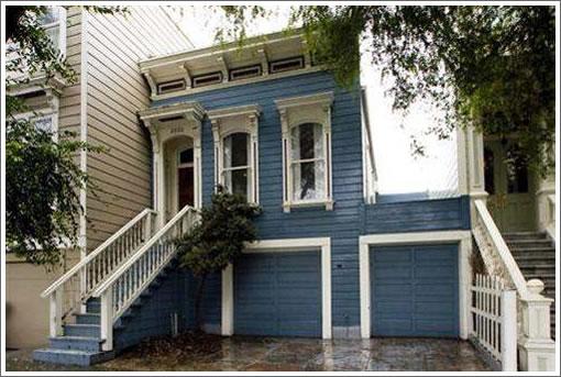 2882 Pine Street: Before