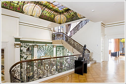 2820 Scott Street: Mezzanine with Tiffany skylight