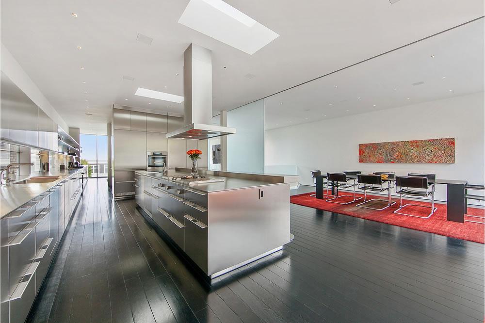 2555 Union Kitchen