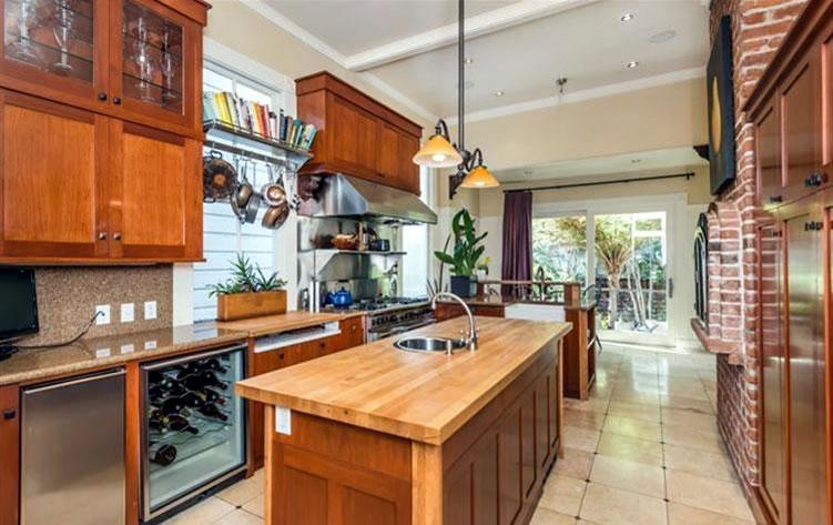 1120 South Van Ness Kitchen