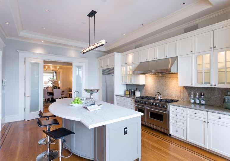 2604 Pacific Avenue Kitchen