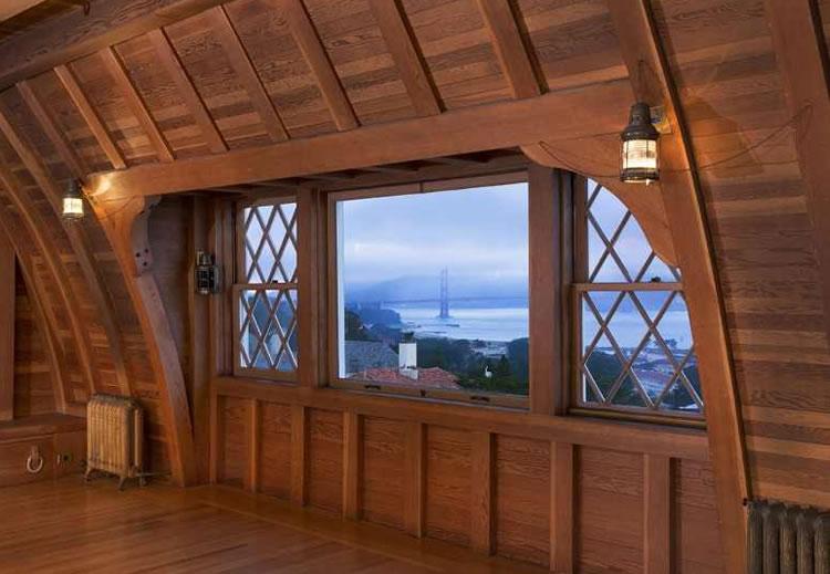 2950 Pacific Avenue: Top Floor Captain's Room