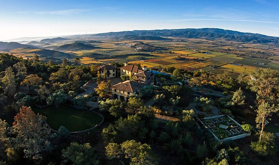 Montagna Estate Aerial