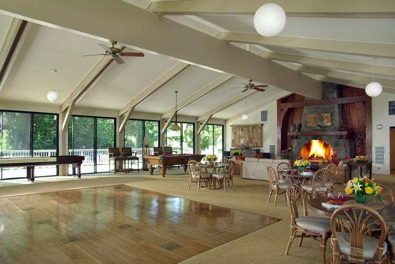 Vineyard Knolls Club House