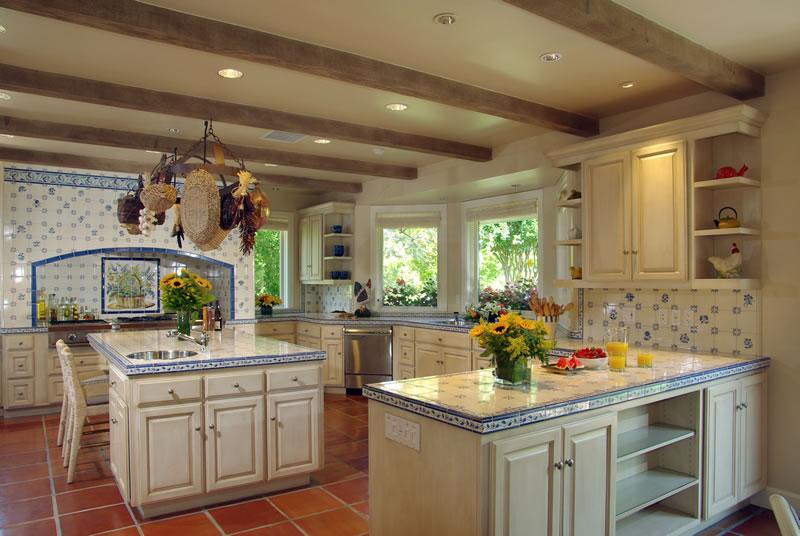 Vineyard Knolls Kitchen
