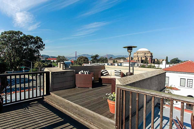 3159 Baker Roof Deck
