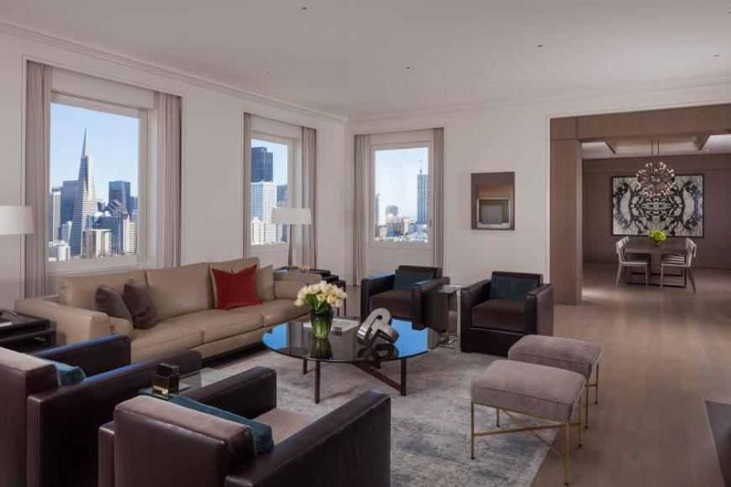 945 Green Street #3: Living Room