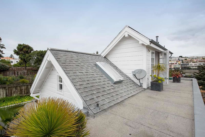 247 Ney Roof Area