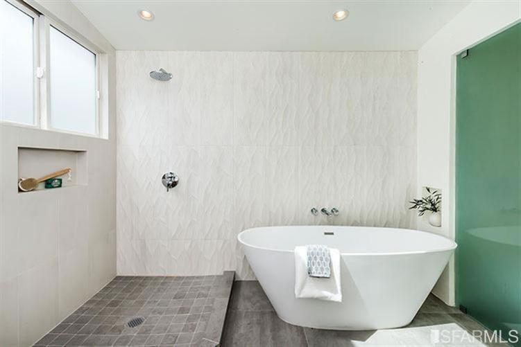 3066 Market Street Bath