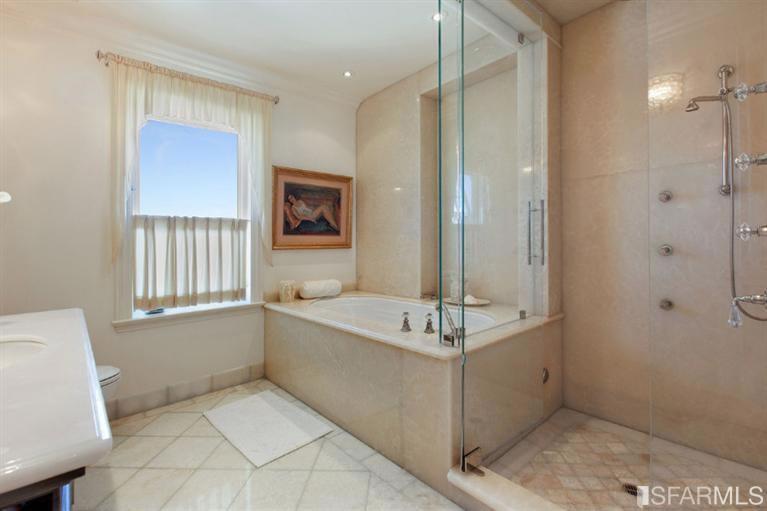 2170 Jackson Street #4 Bath