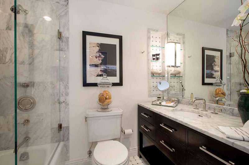 355 Buena Vista Avenue East #701 Bathroom
