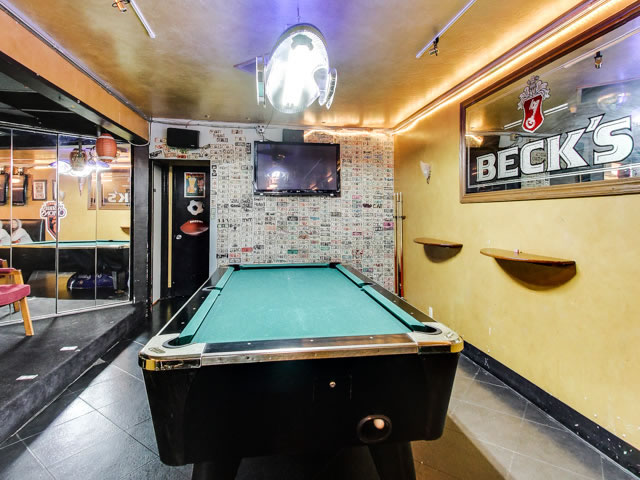 Teds Sports Bar and Grill Pool Table