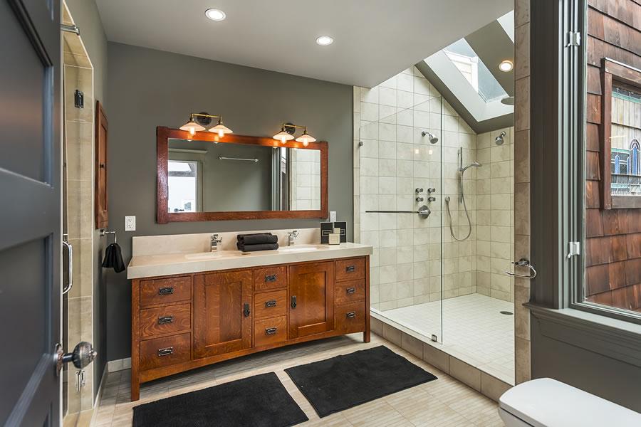 143 Albion Bathroom