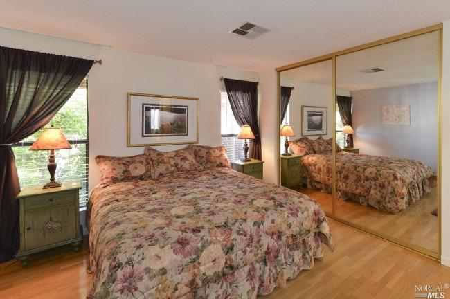 8 Los Robles Court Bedroom