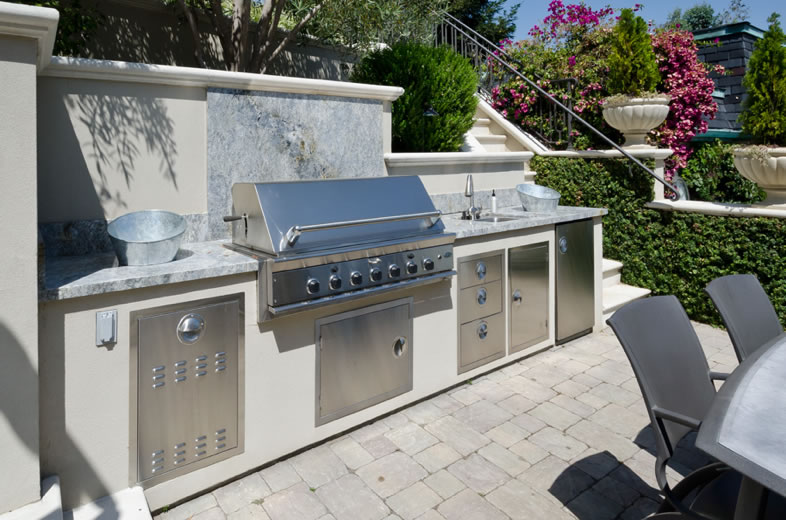 890 Robb Road Outdoor Kitchen 2