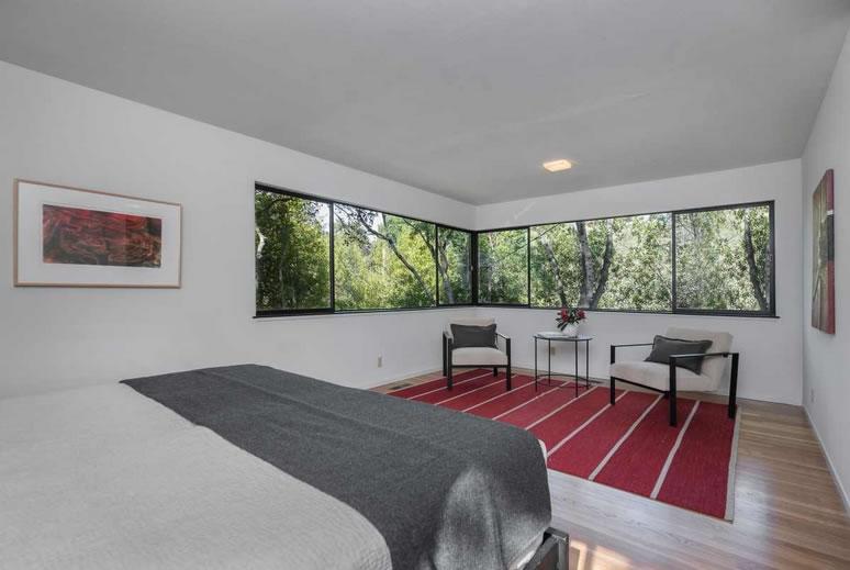 256 The Uplands Bedroom