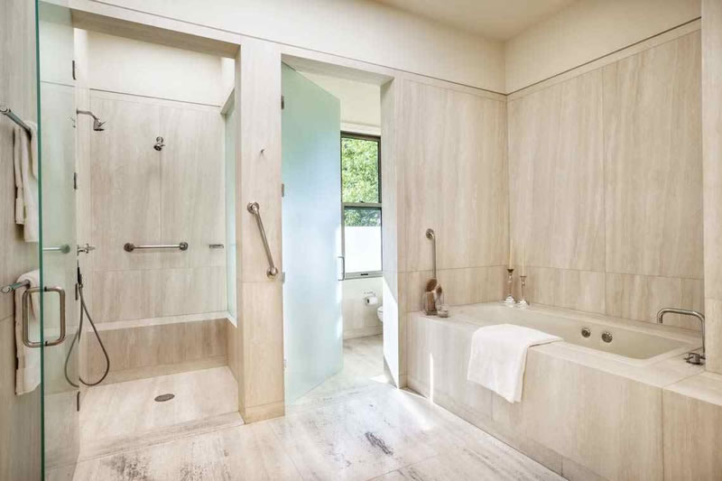 80 Reservoir Road Master Bath