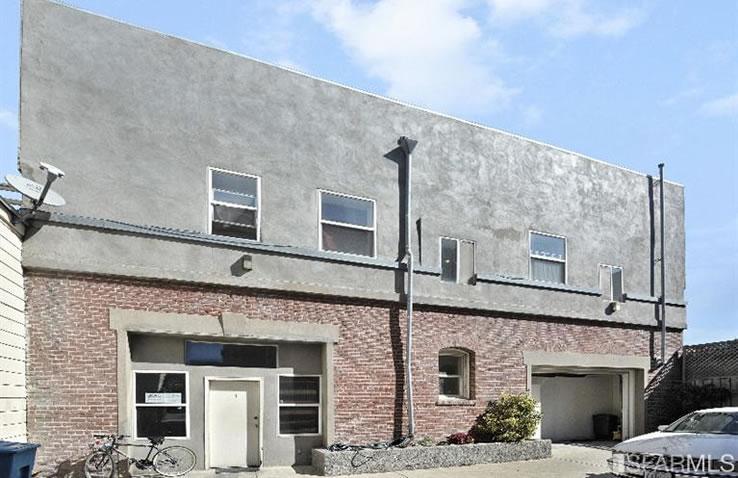 1676-1678 Newcomb Avenue Rear Building