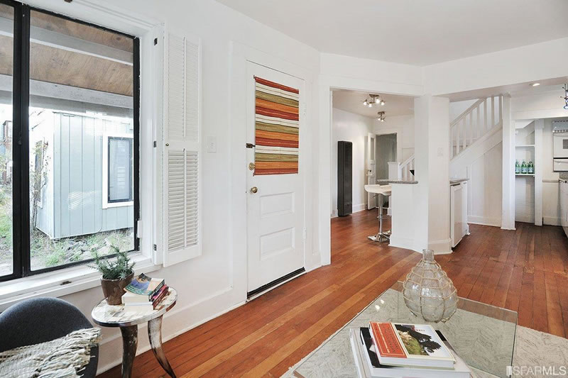 554 46th Avenue Living