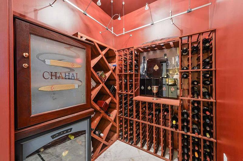 301 Main Street #37B 2016 Wine Closet