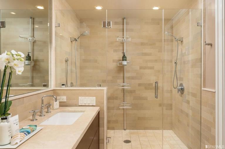 2130 24th Street #B Master Bath