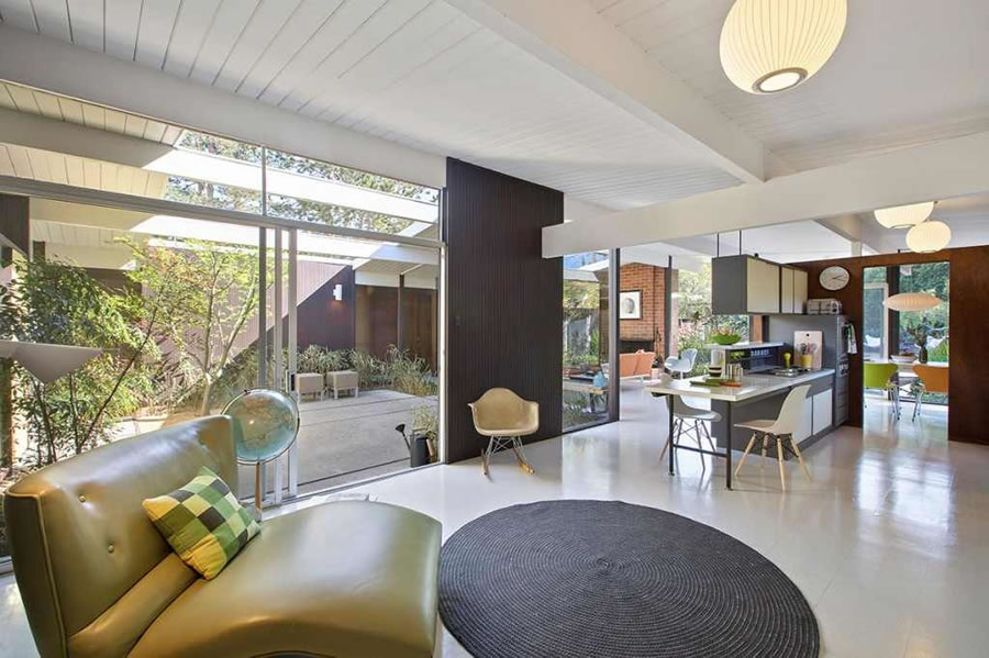 A Model Eichler Dwelling for $1.15 Million