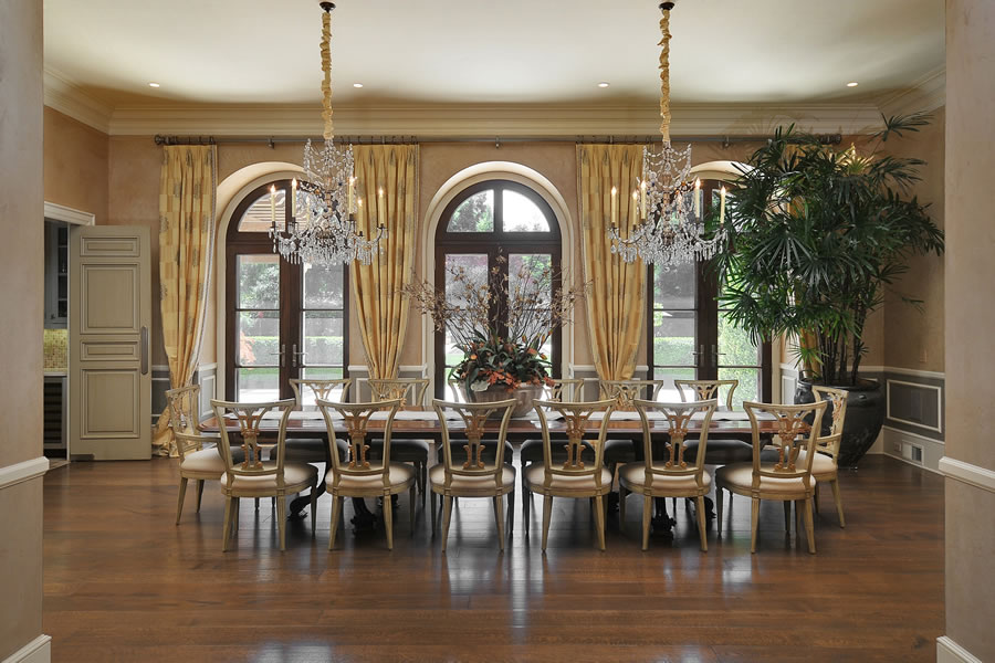 1 Faxon Road Dining