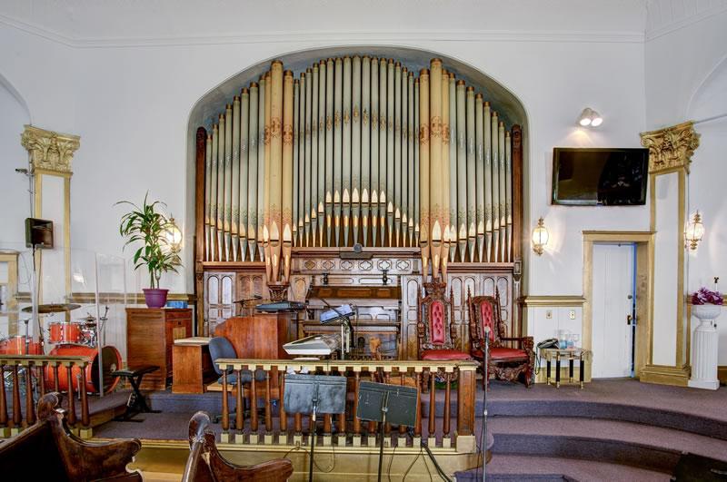 240 Page Street Organ