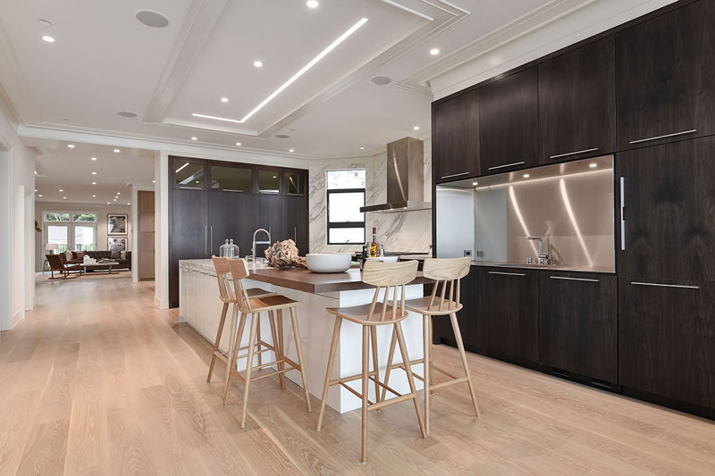 2476 Broadway 2016 - Kitchen