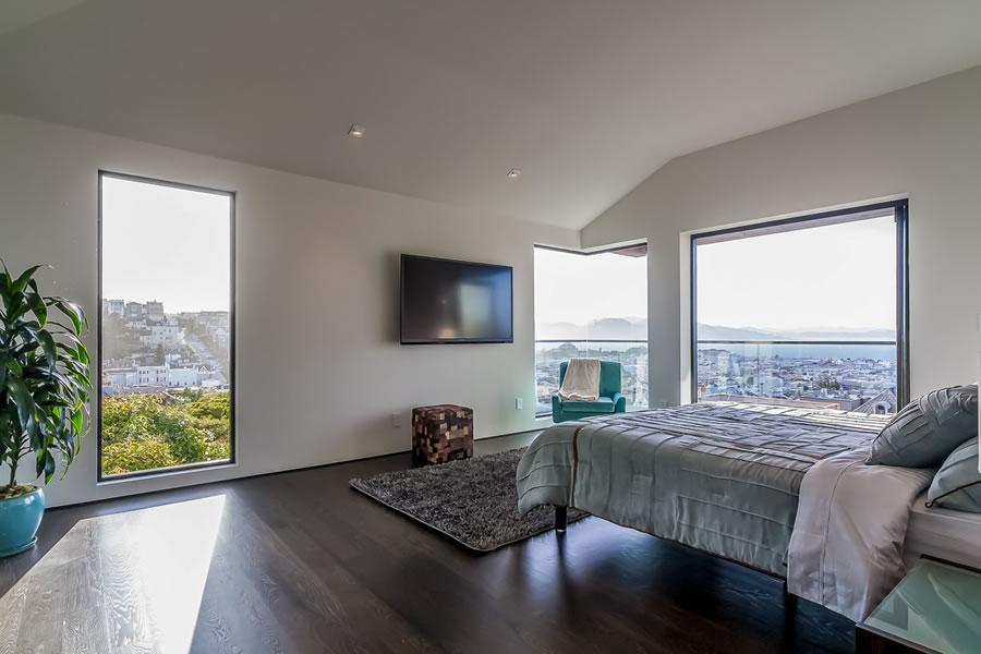 2755 Fillmore 2016 - Bedroom