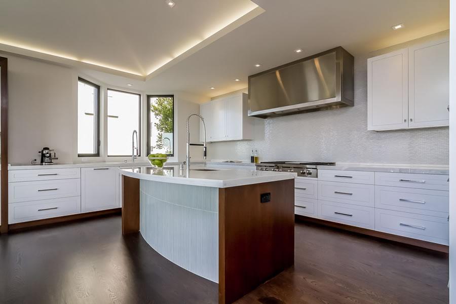 2755 Fillmore 2016 - Kitchen