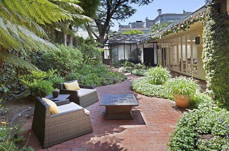 3610 Washington Street: Garden Court