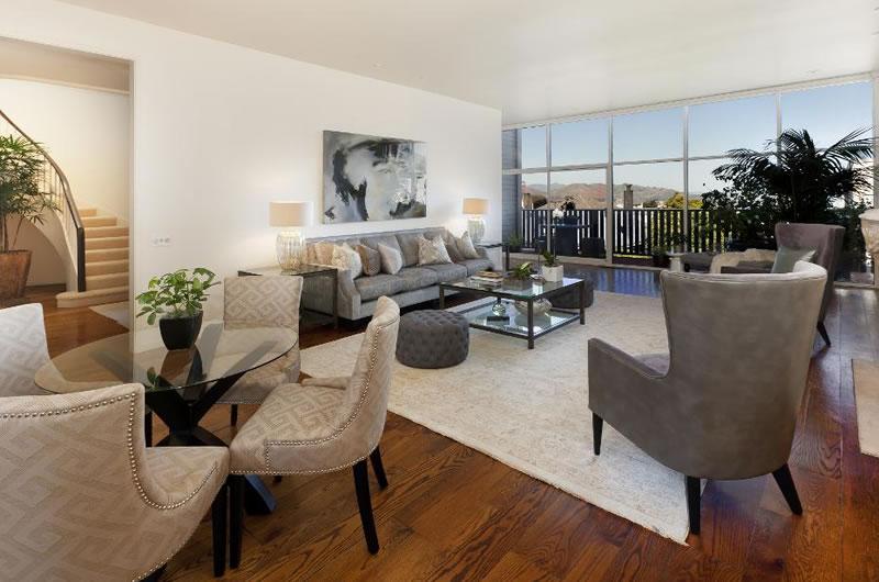 3610 Washington Street - Living
