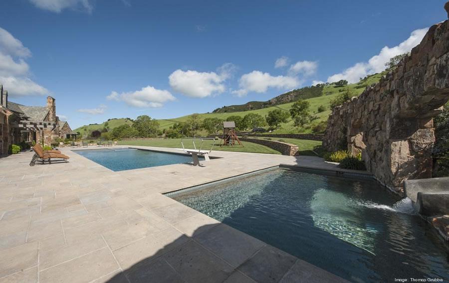 Fieldhaven Estate: Pool