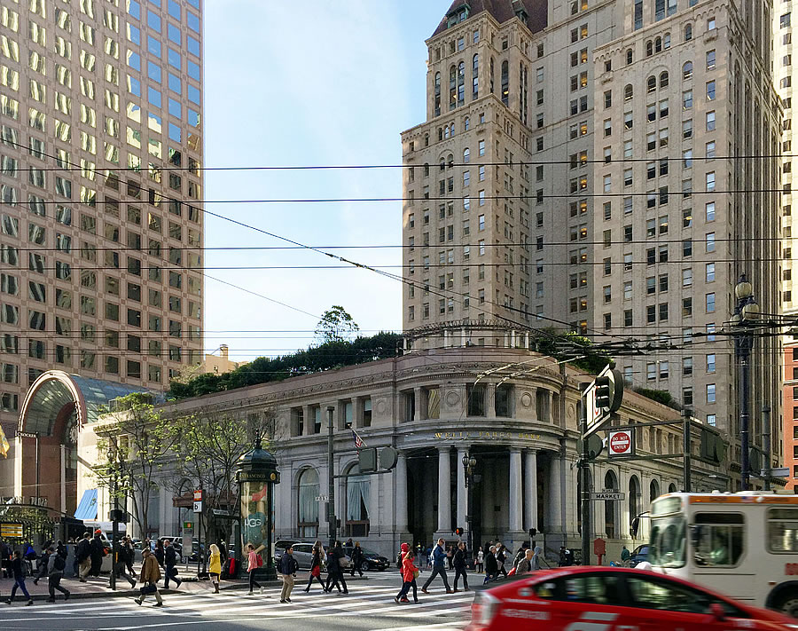 Planning Opposes Plans for a 500-Foot Tower atop Iconic Bank