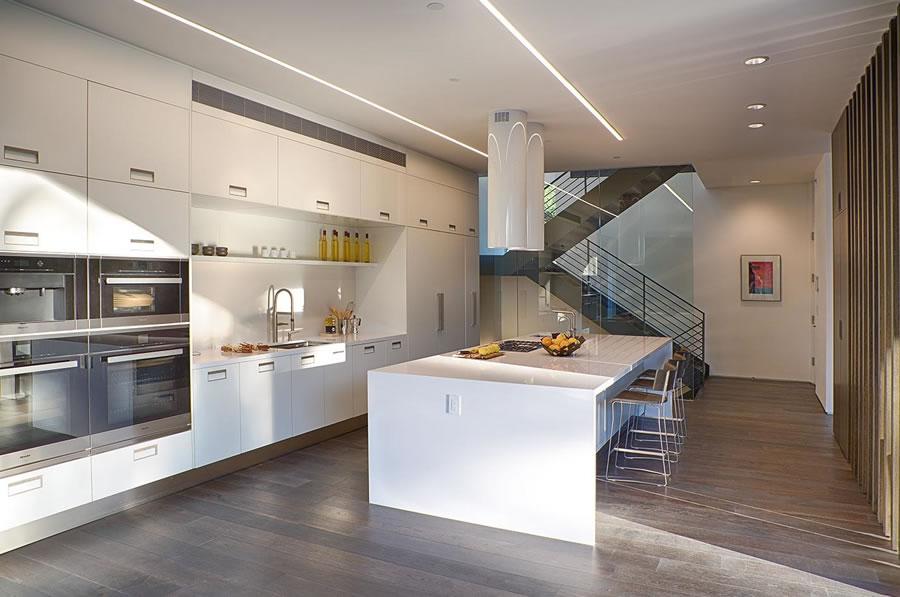 25755 Carado Court Kitchen