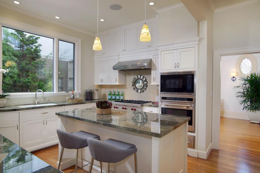 2640-steiner-street-kitchen