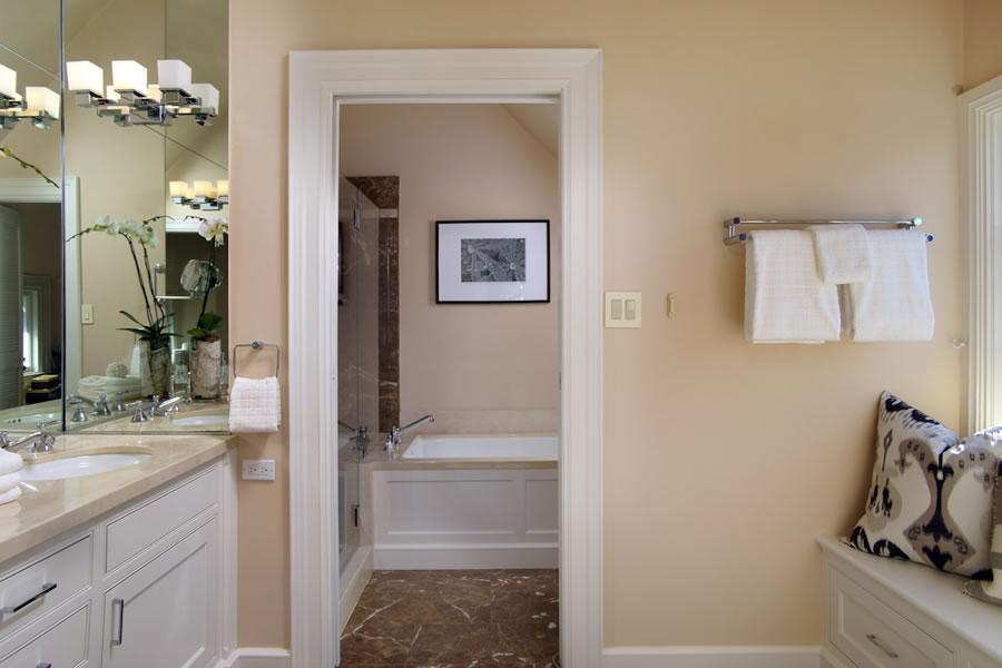 2640-steiner-street-master-bath