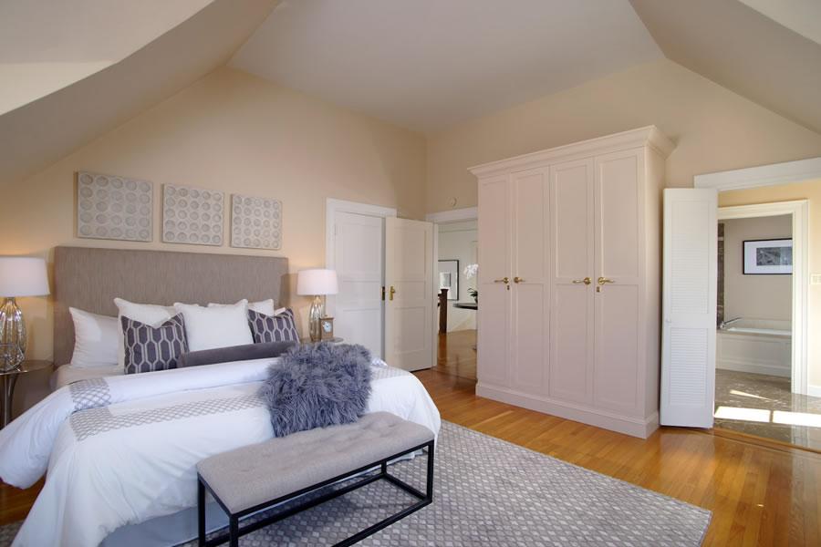 2640-steiner-street-master-bedroom2