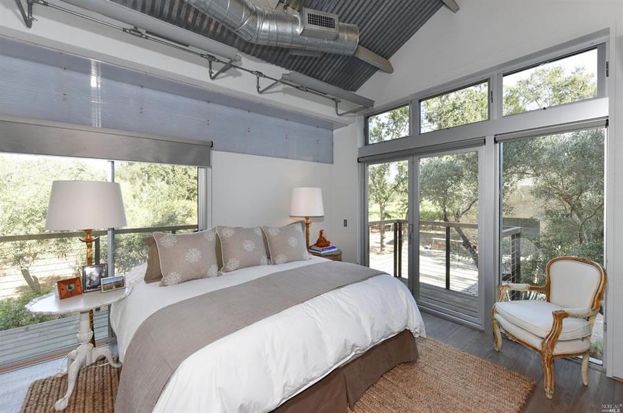 1085-lodi-lane-bedroom